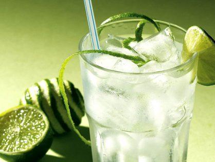Yeşil Limon Suyu İçmenin Faydaları Nelerdir?